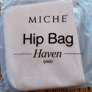 NWT Miche crossbody hip bag